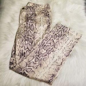 Pants - Woman Snakeskin Print Pants 4